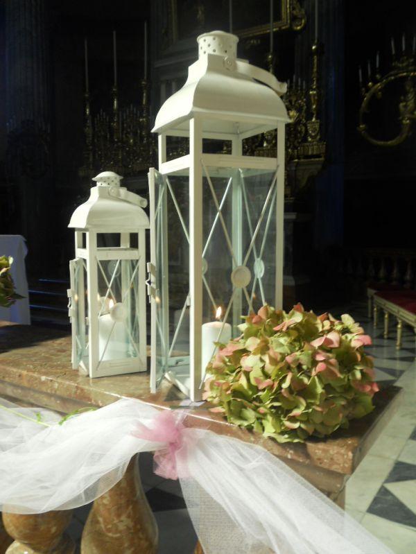 Addobbi chiesa matrimonio con lanterne migliore for Addobbi tavoli matrimonio con candele