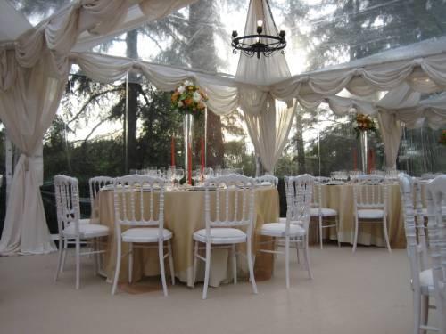 Noleggio attrezzature per catering e banqueting e allestimenti tensostrutture e gazebi ...